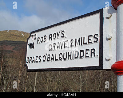 To Rob Roys grave  Balquhidder, - Robert 'Rob' Roy MacGregor - Stock Photo