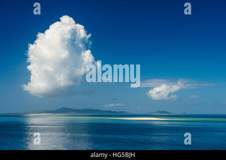Sand bank in the flat ocean, Mamanuca Islands, Fiji, South Pacific - Stock Photo