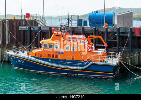 The Severn Class lifeboat, RNLB Edna Windsor stationed at Castlebay on Barra in the Outer Hebrides. - Stock Photo