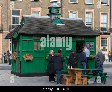 London. UK. October 2016. London Cabmen's Shelter in Russell Square - Stock Photo