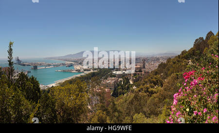 Malaga, Malaga Province, Costa del Sol, Andalusia, southern Spain.  Overall view towards city centre from the National - Stock Photo