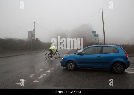 Westerham, UK. 7th Jan, 2017. Fog in Westerham, Kent © Keith Larby/Alamy Live News - Stock Photo