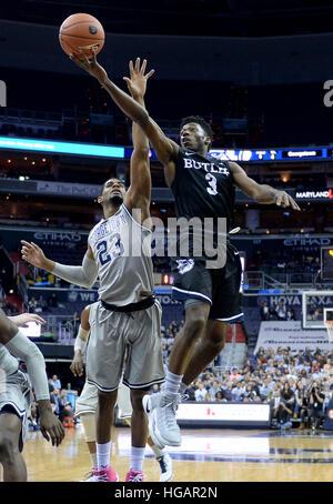 Washington, DC, USA. 7th Jan, 2017. 20170107 - Butler guard KAMAR BALDWIN (3) scores against Georgetown guard RODNEY - Stock Photo