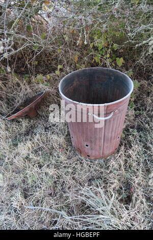 Hardy gardener - icy incinerator - Stock Photo