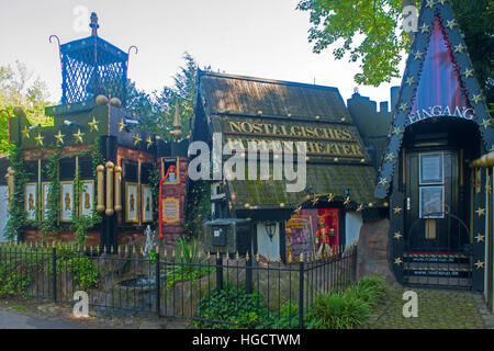Deutschland, Dortmund, Westfalenpark, Nostalgisches Puppentheater - Stock Photo