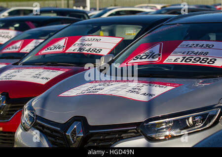 Row of used car dealers second hand ford cars for sale on for Motor mile auto sales