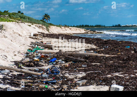 Mexico Coastline ocean Pollution Problem with plastic litter - Stock Photo