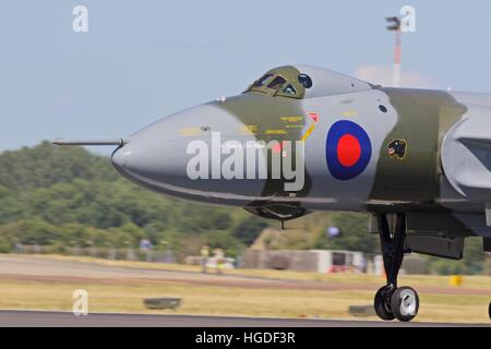 Avro Vulcan B2 Bomber XH558 landing at RAF Fairford - Stock Photo
