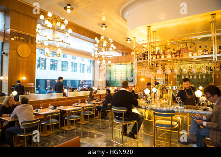 The interior of the restaurant Aquavit in central London. One of the many fine restaurants that are in the city - Stock Photo
