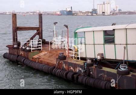 Hythe Pier, Southampton Water, Hythe, Hampshire, England, UK. - Stock Photo