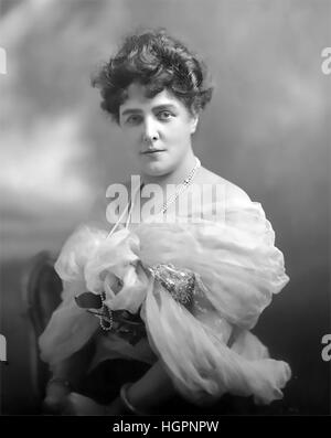 LADY RANDOLPH CHURCHILL (1854-1921) wife of Randolph Churchill and mother of Winston Churchill in 1889. Photo: Lafayette - Stock Photo