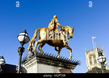 Kingston-Upon-Hull ,East Riding of Yorkshire,UK.King William 111 statue market place . - Stock Photo