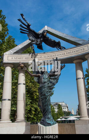 Monument to Hungarian Victims of the Nazis - Stock Photo