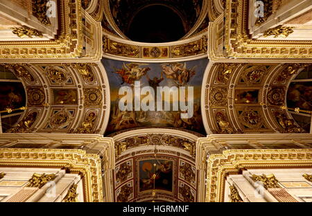 St Petersburg, Russia. 12th Jan, 2017. The ceiling of St Isaac's Cathedral. © Alexander Demianchuk/TASS/Alamy Live - Stock Photo