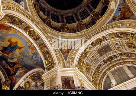 St Petersburg, Russia. 12th Jan, 2017. Inside St Isaac's Cathedral. © Alexander Demianchuk/TASS/Alamy Live News - Stock Photo