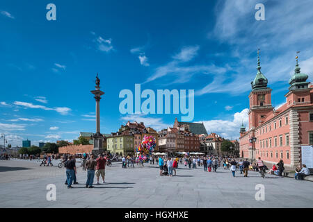 Castle Square, Sigismund's Column and Royal Castle building, popular tourist destinations in Old Town, Warsaw, Poland - Stock Photo