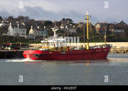 The trawler Maria Lena of Kilkeel manouvres to her berth in the harbor in Bangor Northern Ireland on a pleasent - Stock Photo