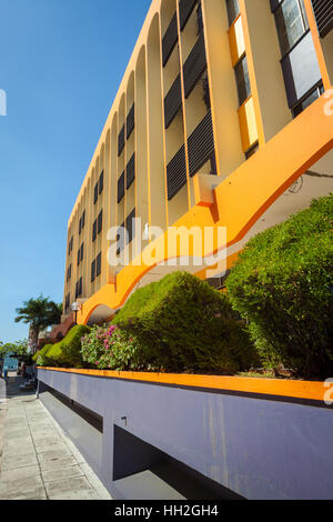 Pavement and view of a colourful building in Kota Kinabalu, Sabah, Malaysia Borneo - Stock Photo