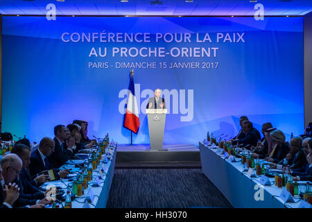 Paris, France. 15th Jan, 2017. French Foreign Minister Jean-Marc Ayrault addresses the Middle East Peace Conference - Stock Photo