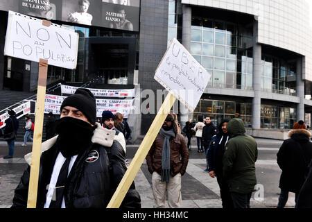VTC Uber Drivers Protest in Paris, 16th of january 2017, Place de la Bastille, Paris - Stock Photo
