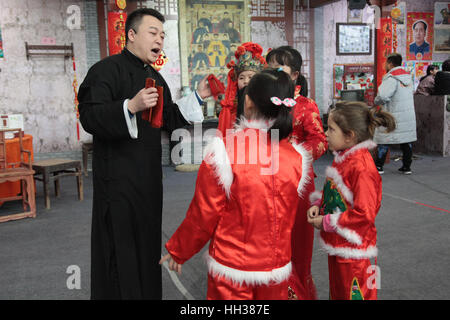 Xi'an, China. 15th January, 2017. **EDITORIAL USE ONLY. CHINA OUT** The Italian girl Gemma wearing Chinese traditional - Stock Photo