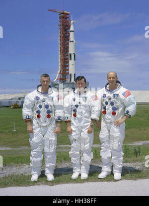 Florida, USA. 30th May, 1969. The prime crew of the Apollo 10 lunar orbit mission is photographed while at the Kennedy - Stock Photo