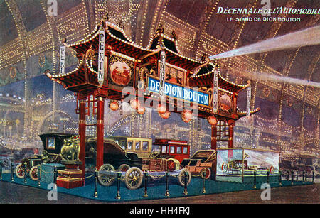 The De Dion Bouton Stand at the Decennale de L'Automobile, Paris, France. The cars on display competed in the Peking - Stock Photo