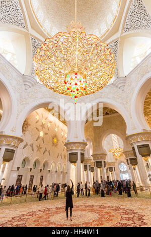 Magnificent interior of Sheikh Zayed Grand Mosque in Abu Dhabi, UAE. - Stock Photo