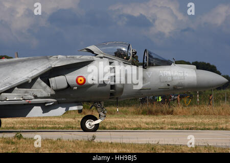 Spanish Navy AV-8B Harrier at the 100-years-Aeronavale airshow on Hyeres airbase. - Stock Photo