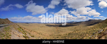 The view from the top of the Paardekloof Pass in the Eastern Cape, South Africa - Stock Photo