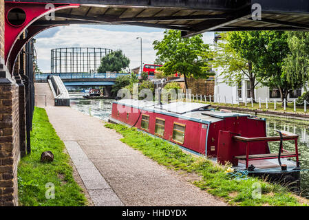 Canal at Ladbroke Grove in the Royal Borough of Kensington and Chelsea, London, UK - Stock Photo