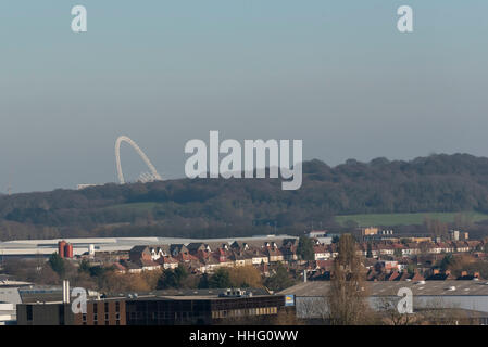 London, UK. 19th Jan, 2017. The arch of Wembley Stadium is seen as a thick layer of 'toxic' smog is seen hanging - Stock Photo