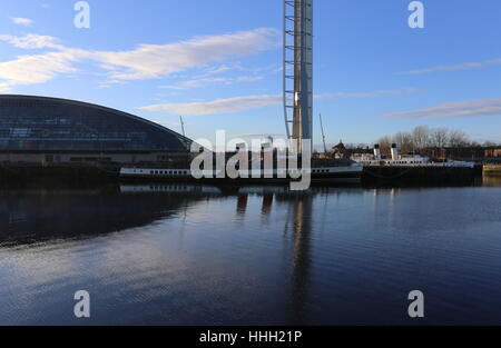 Glasgow Tower and paddle steamer Waverley Scotland  January 2017 - Stock Photo