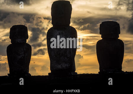 Sunrise on Moai's at Tongariki ceremonial platform in Easter Island.Tongariki is the largest platform (Ahu) with - Stock Photo