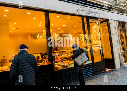 Paris, France, People Looking in French Bakery Shop Front Window,, 'Aux Merveilleux de Fred', in Latin Quarter, - Stock Photo