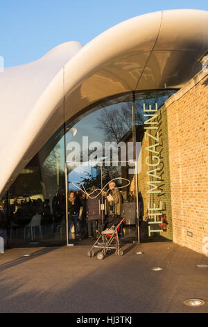 The Serpentine Gallery in London's Hyde Park, UK - Stock Photo