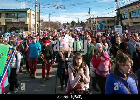 Seattle, Washington, USA. 21st January, 2017. A good natured crowd fills the streets of Seattle as people are heading - Stock Photo