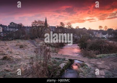 Malmesbury, Wiltshire, UK. 22nd January, 2017. UK Weather - Sunday sunrise. With temperatures dropping to minus - Stock Photo