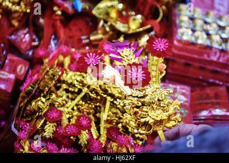 (170122) -- BANGKOK, Jan. 22, 2017 (Xinhua) -- A customer buys decorative items for the upcoming Chinese Lunar New - Stock Photo