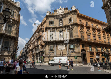Quattro Canti (Piazza Vigliena) in  the intersection of Via Maqueda and Corso Vittorio Emanuele, Palermo,Sicily, - Stock Photo
