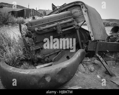 Scrap Engine Car Cars Engines Metal Old Junk Scrapyard