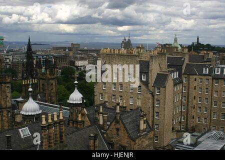 Architecture and nature parks in Edinburgh, Scotland, UK - Stock Photo