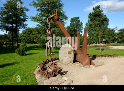 rusty, latvia, anchor, chain cable, blue, tree, trees, park, green, shine, - Stock Photo