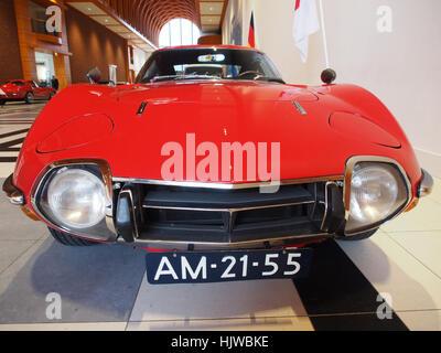 1968 Toyota 2000GT photo4 - Stock Photo