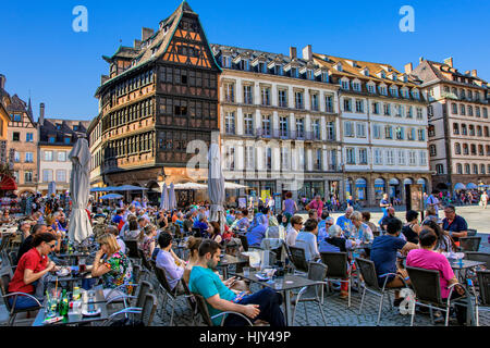 Cafe in place de la Cathedrale with the Maison Kammerzell in the background, Strasbourg - Stock Photo