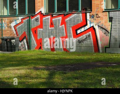 THC - for Tetrahydrocannabinol - is written on a wall in Berlin on April 26, 2016. Photo: Wolfram Steinberg/dpa - Stock Photo