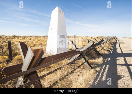 Vehicle Barrier Fence On Us Mexico Border In Southern