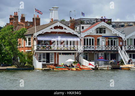 Riverside houses in Henley-on-Thames decorated during Henley Royal Regatta (rowing), Henley-on-Thames, Oxfordshire, - Stock Photo
