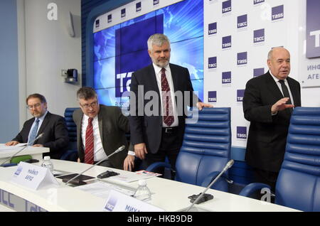 Moscow, Russia. 27th Jan, 2017. The chief scientific adviser at the UK Foreign and Commonwealth Office (FCO) Robin - Stock Photo