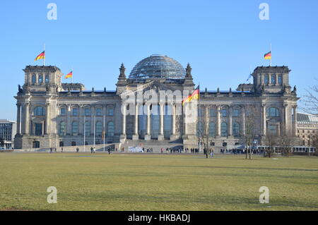 Berlin, Germany. 27th Jan, 2017 - International Holocaust Remembrance Day in Berlin Credit: Markku Rainer Peltonen/Alamy - Stock Photo